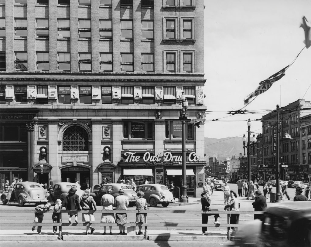 Main Street, including The Owl Drug Co., Wilson Hotel and Walker Bank, 1943